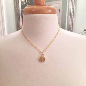 """🎉🎊🛍 TORY BURCH CHARM w/ GOLD 16"""" NECKLACE"""